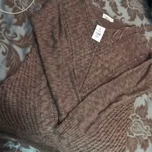 ✨Brand New✨ knitted Sweater
